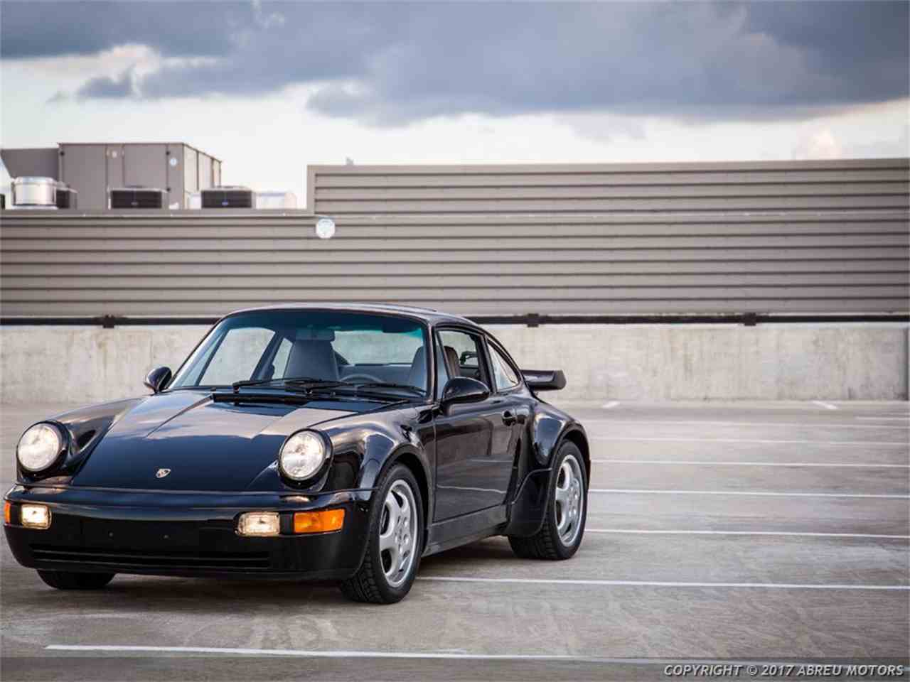 Large Picture of '92 Porsche 911 located in Carmel Indiana - JCKW