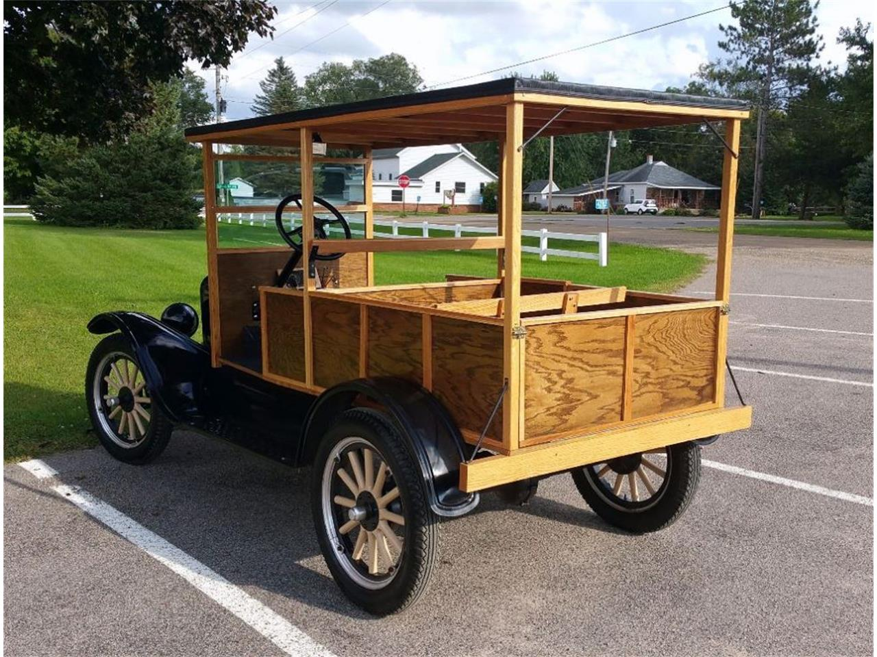 Large Picture of 1925 Model T located in Maple Lake Minnesota Offered by Silver Creek Classics - JCL2