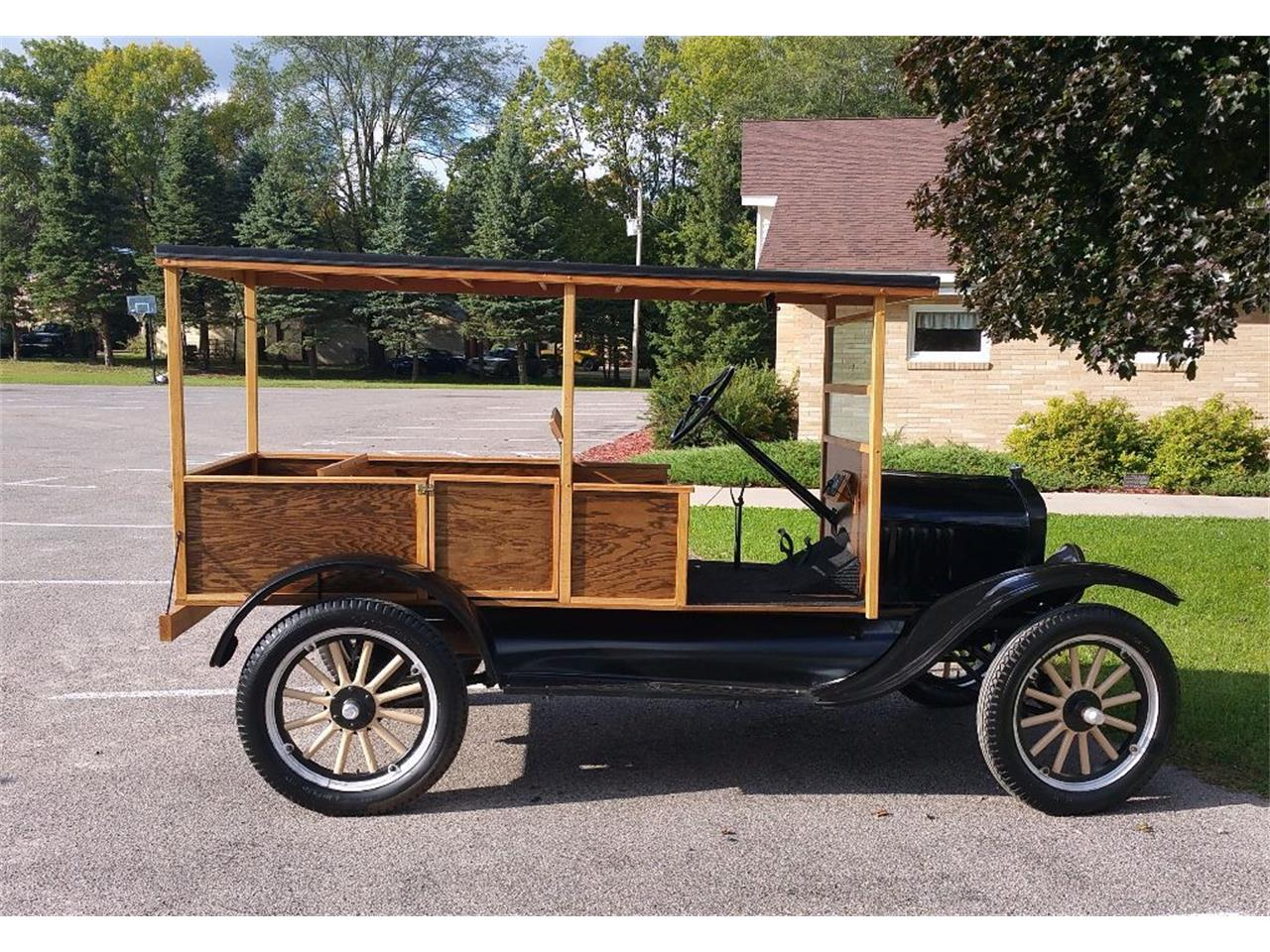 Large Picture of Classic 1925 Ford Model T located in Maple Lake Minnesota Offered by Silver Creek Classics - JCL2