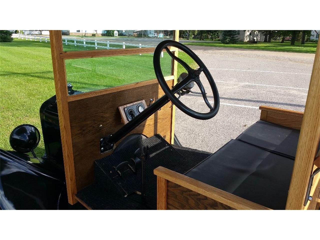 Large Picture of '25 Ford Model T located in Minnesota Offered by Silver Creek Classics - JCL2