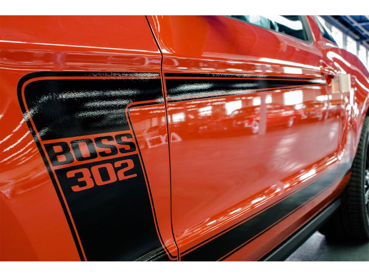 Large Picture of '12 Ford Mustang located in Quebec Offered by John Scotti Classic Cars - JAP2
