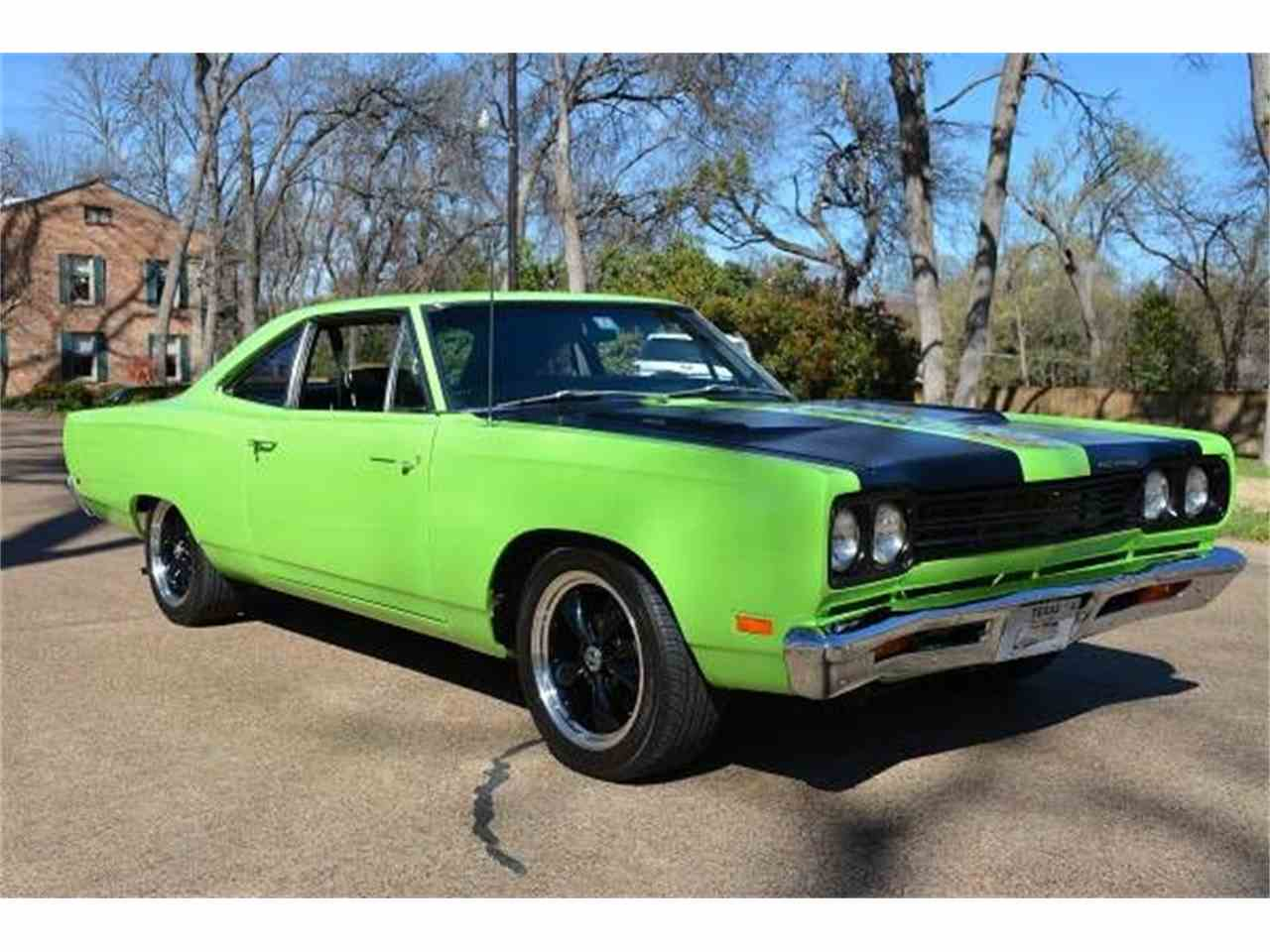 Large Picture of Classic '69 Plymouth Road Runner located in Cadillac Michigan - $45,495.00 Offered by Classic Car Deals - JCZ9