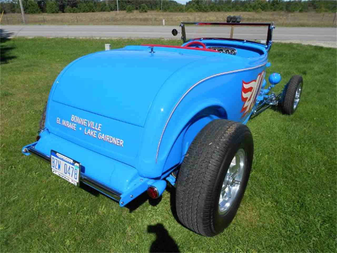 Large Picture of 1932 Ford Roadster located in Michigan Offered by Classic Car Deals - JCZB