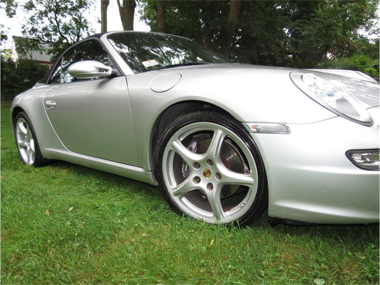 Large Picture of 2005 Porsche 911 Carrera - JD2Q