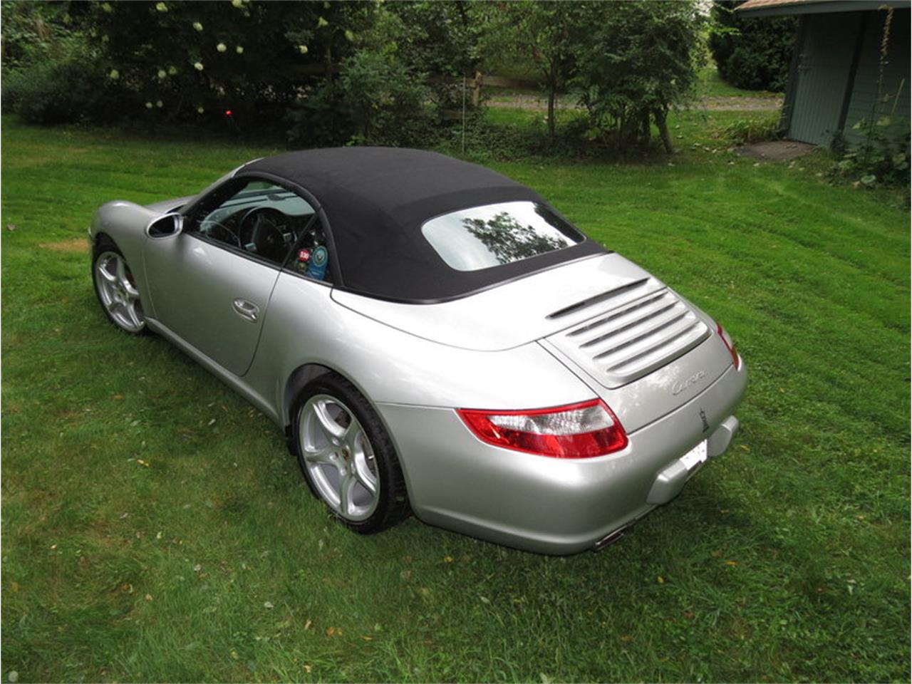 Large Picture of 2005 Porsche 911 Carrera located in Massachusetts - JD2Q