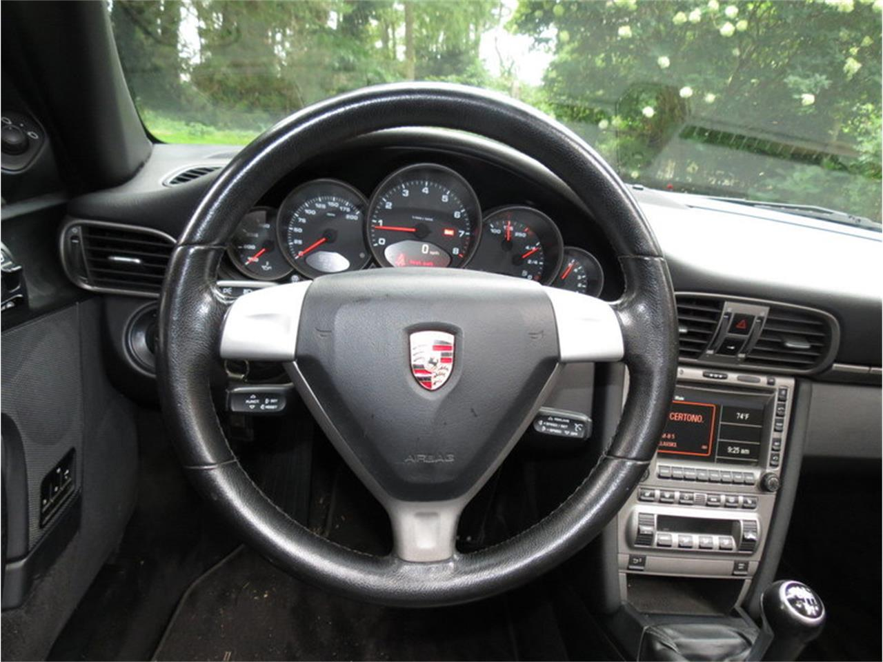 Large Picture of '05 Porsche 911 Carrera - JD2Q