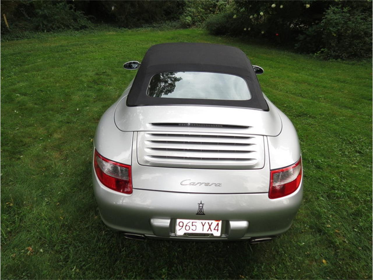 Large Picture of '05 911 Carrera Offered by Silverstone Motorcars - JD2Q