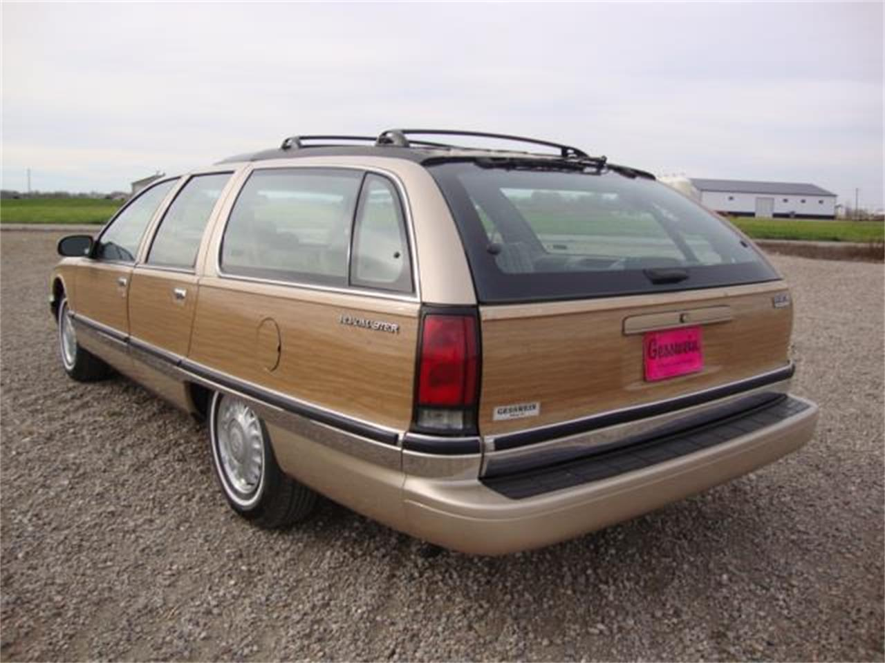 Large Picture of '96 Buick Roadmaster - $13,385.00 - JDAH