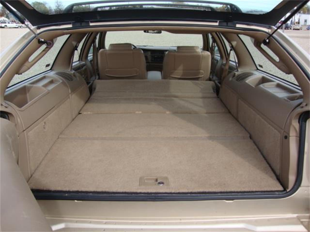 Large Picture of 1996 Buick Roadmaster - JDAH