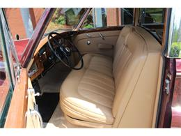 Picture of Classic 1966 Rolls-Royce Phantom located in Florida Auction Vehicle Offered by Vantage Motorworks - JDBM