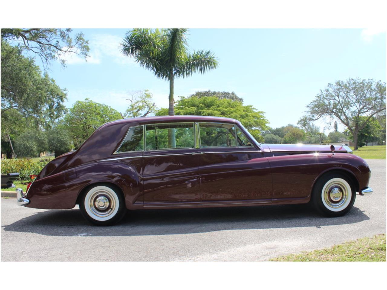 Large Picture of Classic 1966 Rolls-Royce Phantom Auction Vehicle - JDBM