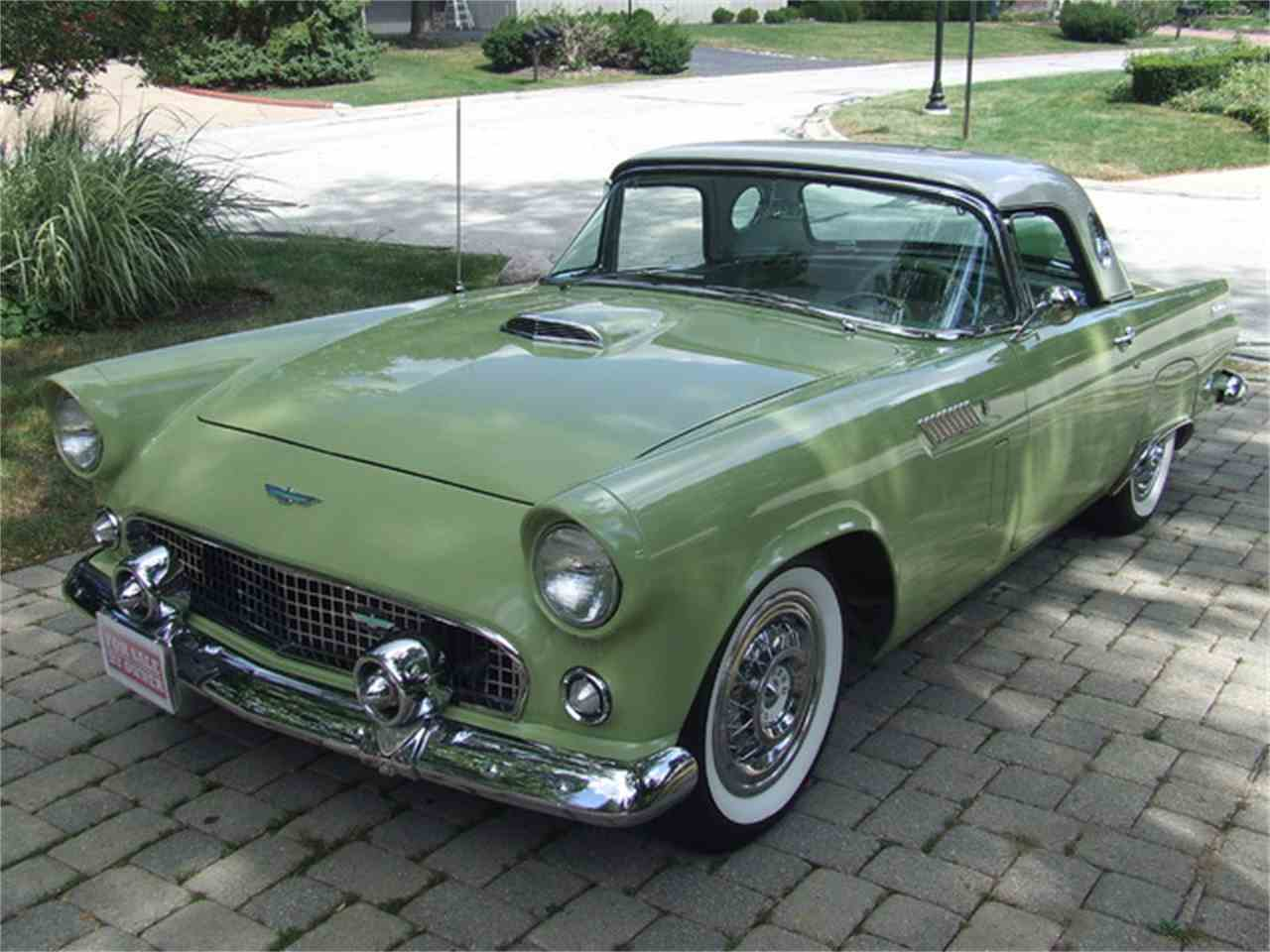 Large Picture of '56 Thunderbird - JDU5