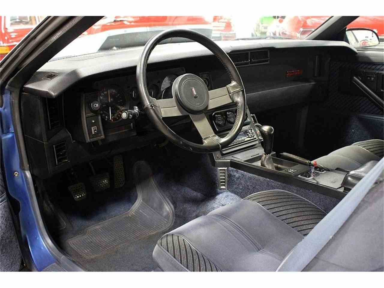 Large Picture of 1984 Chevrolet Camaro - JF6D