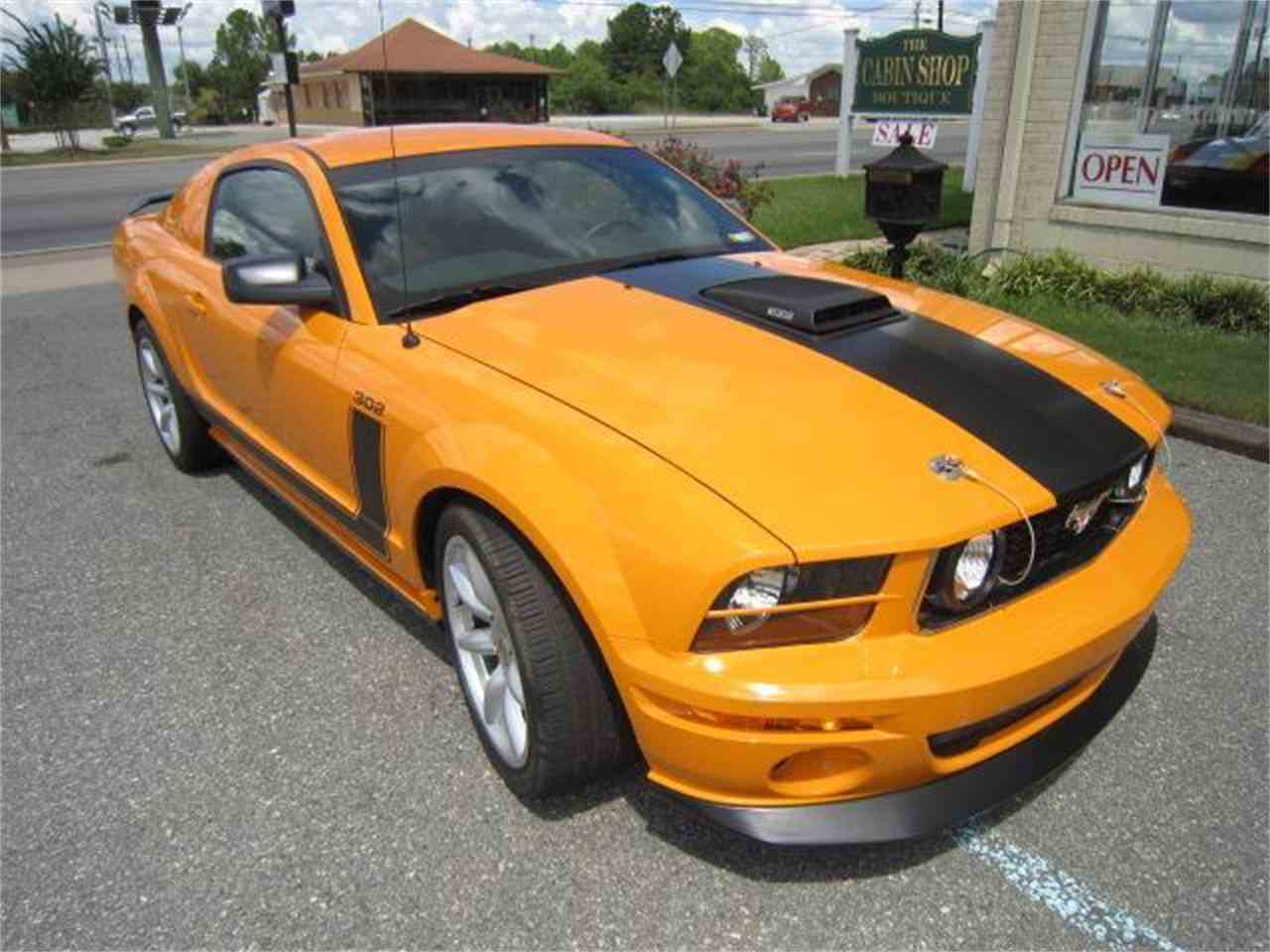 Large Picture of '07 Mustang Parnelli Jones - JFG5