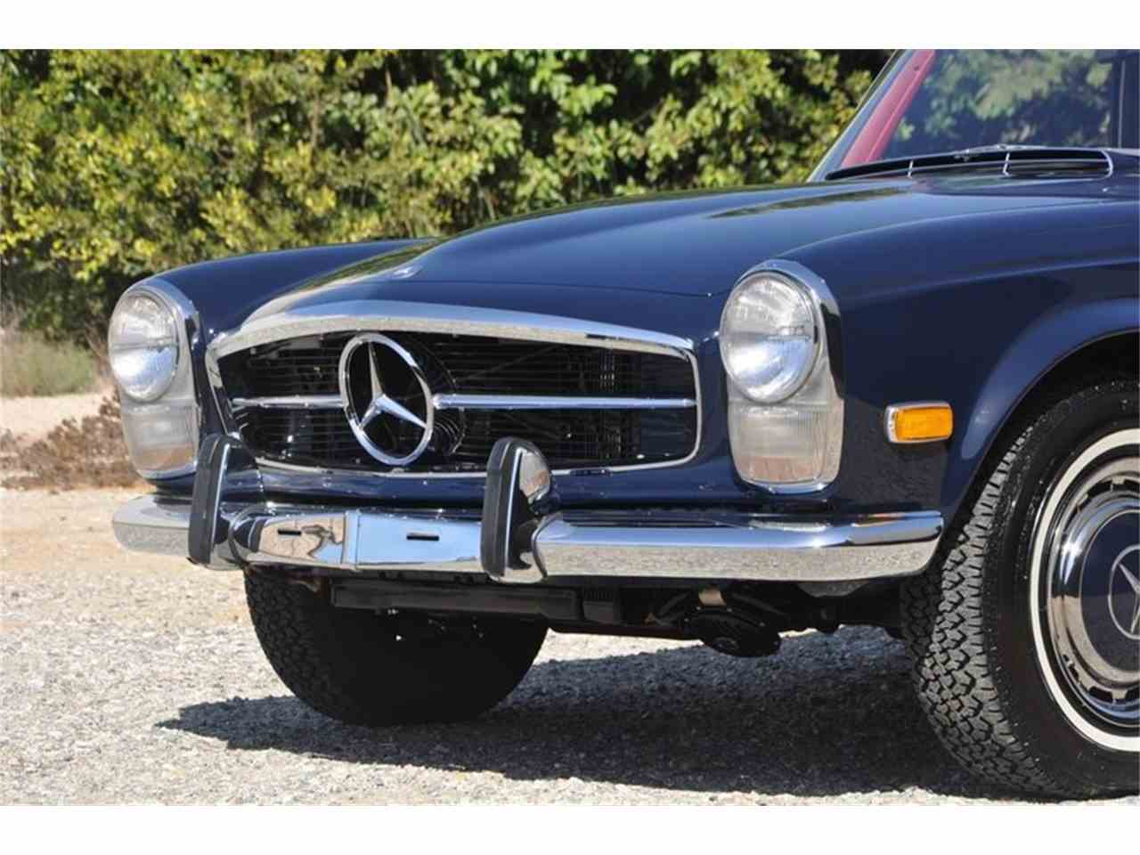 Large Picture of Classic '69 Mercedes-Benz 280SL - $169,500.00 Offered by European Collectibles - JFPJ