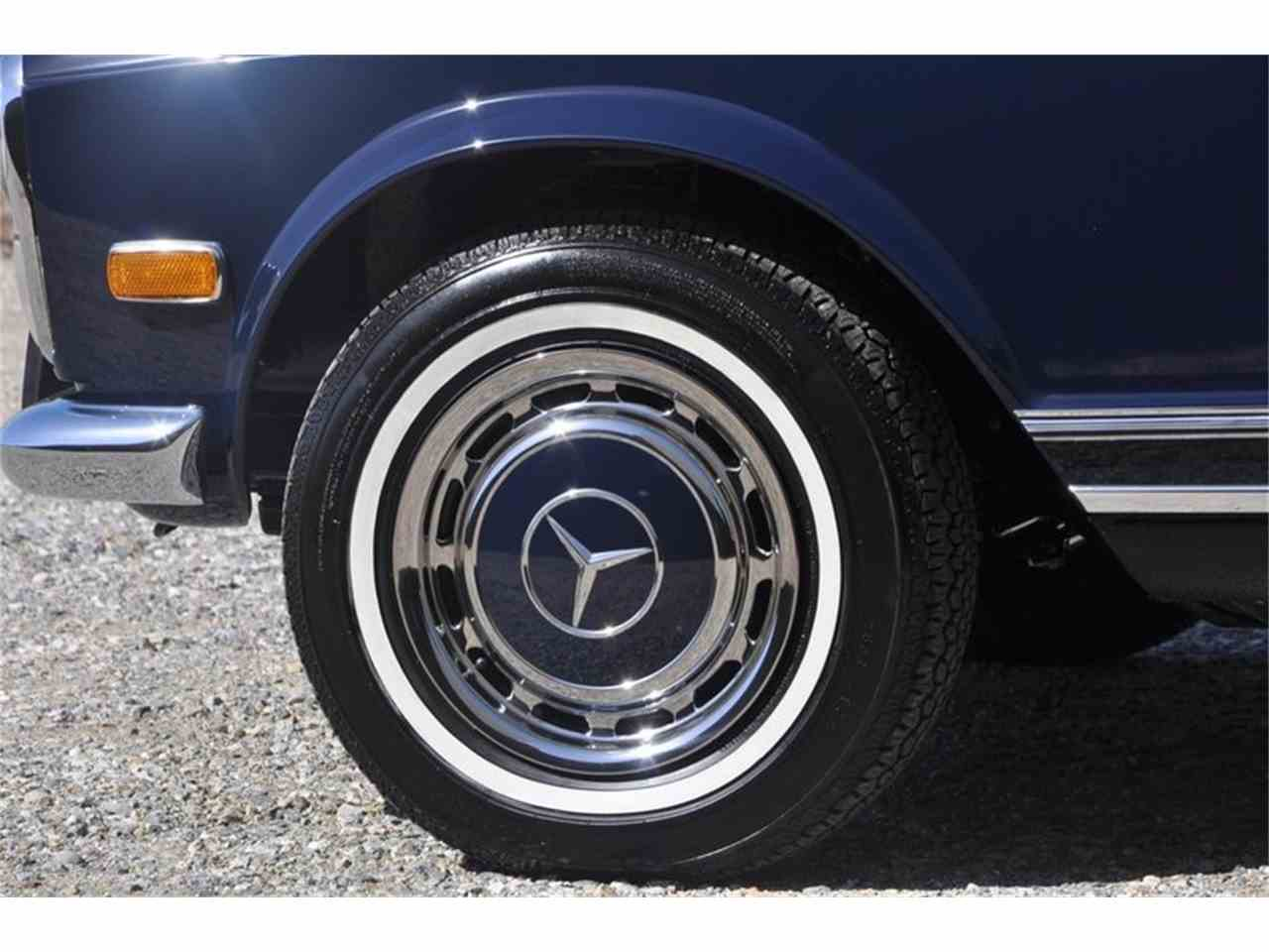 Large Picture of '69 280SL located in Costa Mesa California - JFPJ