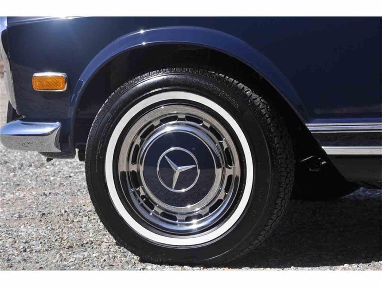 Large Picture of Classic '69 Mercedes-Benz 280SL located in Costa Mesa California - JFPJ