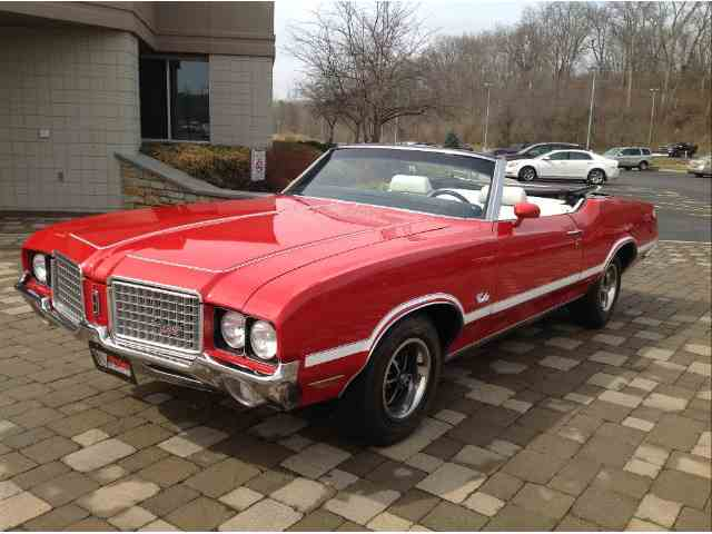 Picture of Classic 1972 Oldsmobile Cutlass located in Milford Ohio Offered by  - JFZK
