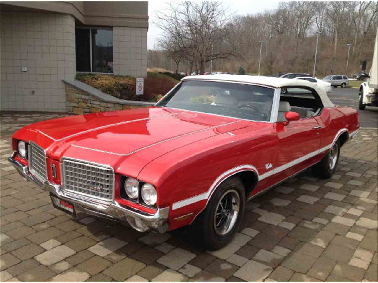 Large Picture of '72 Cutlass - JFZK