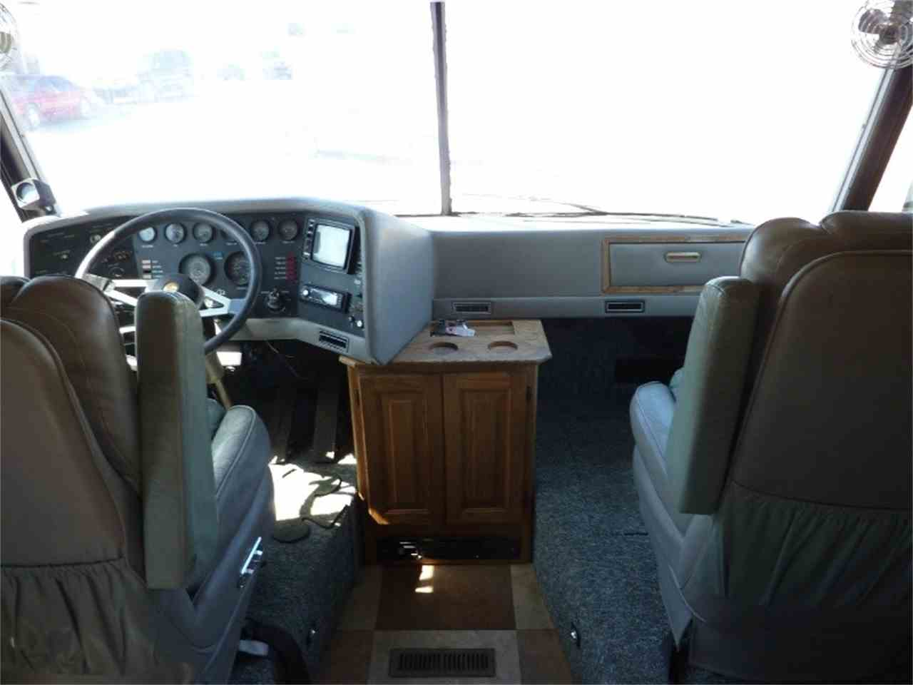 Large Picture of '87 MARQUIS 36 - JB0N