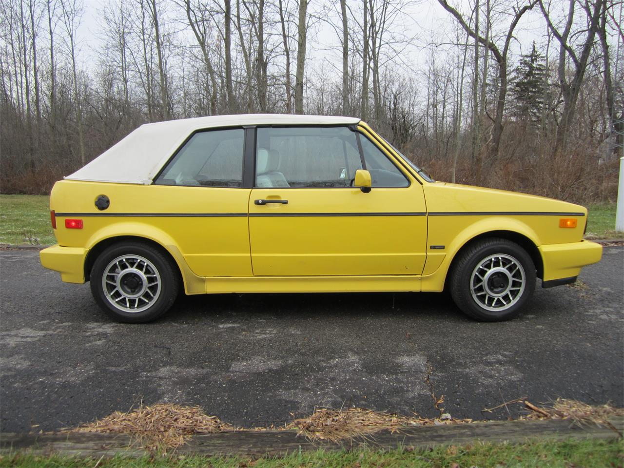 Large Picture of 1991 Volkswagen Cabriolet - $15,000.00 - JGCG