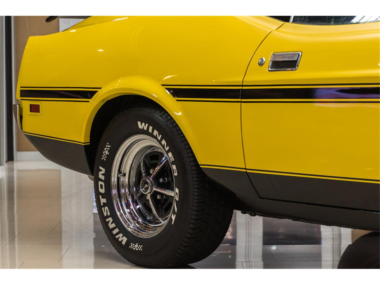 Large Picture of 1972 Ford Mustang Boss 351 Recreation - JGDO