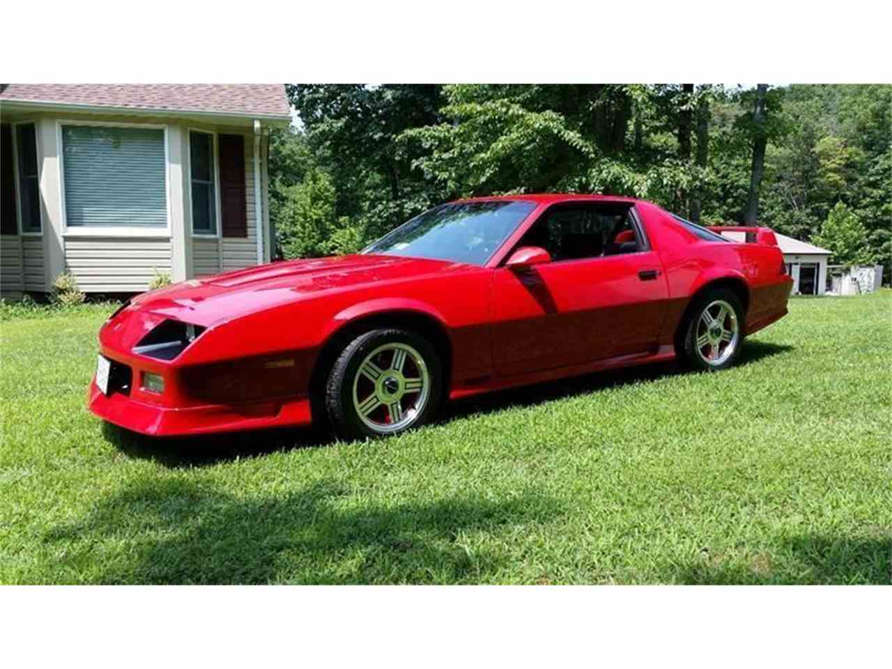Large Picture of '91 Camaro - JGFC