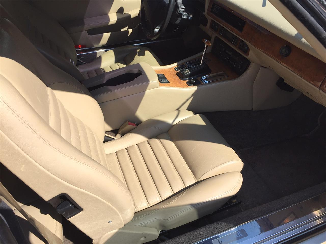 Large Picture of 1992 Jaguar XJS Offered by Schultheis Garage and Classics, LLC - JGHZ