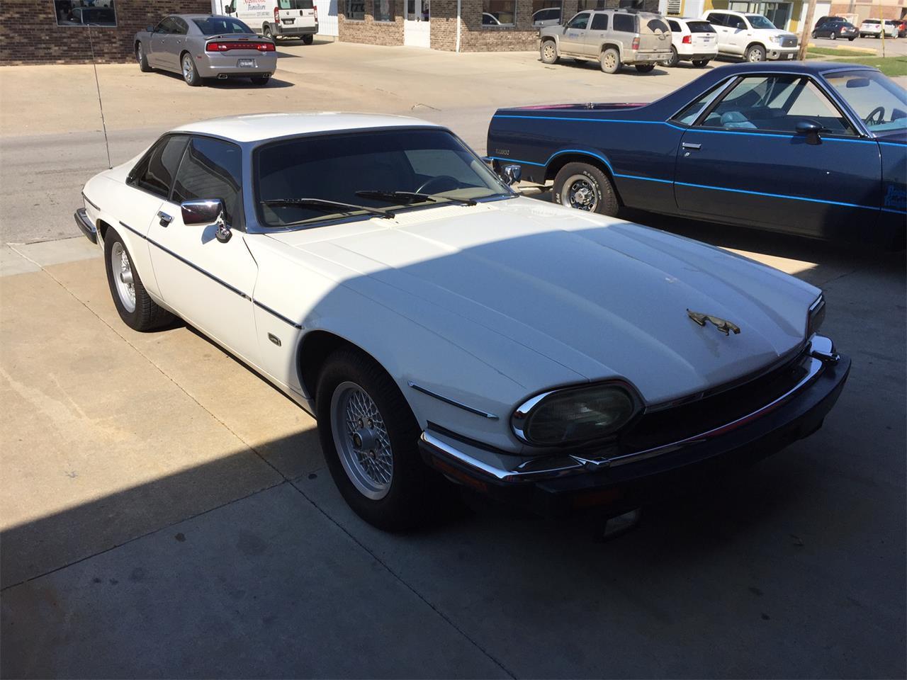Large Picture of '92 Jaguar XJS - $6,900.00 - JGHZ
