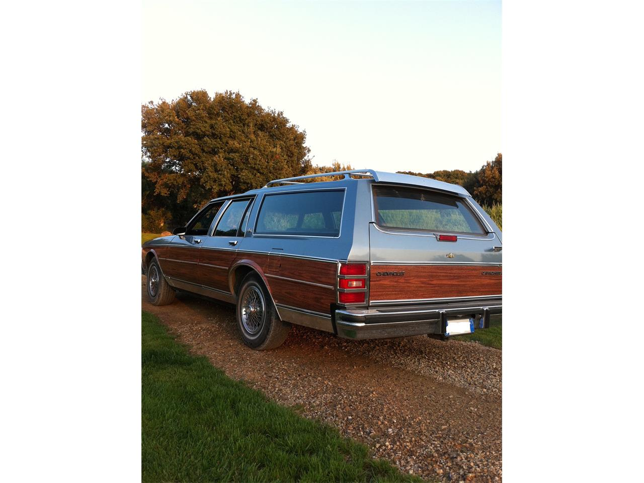 Large Picture of '87 Caprice located in Rome Italy - $16,900.00 - JH35