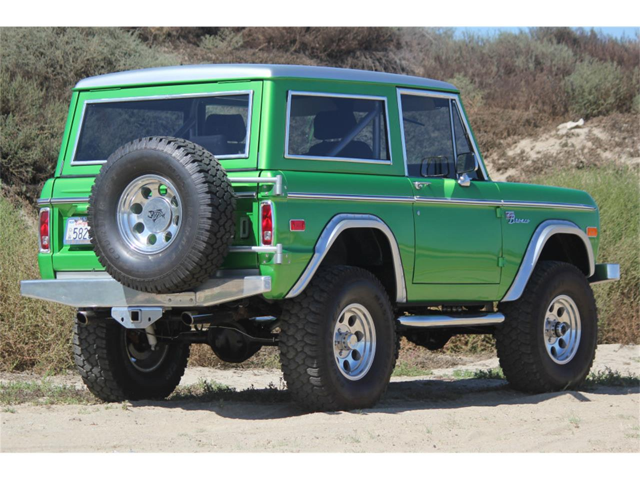 Large Picture of '74 Bronco - JHJ3