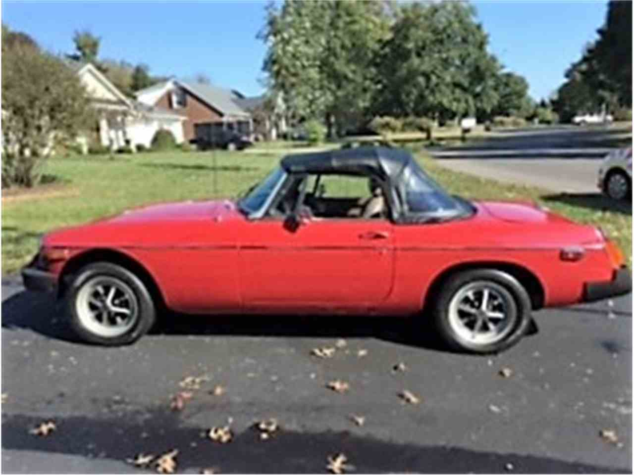 Large Picture of '78 MGB - JHJL