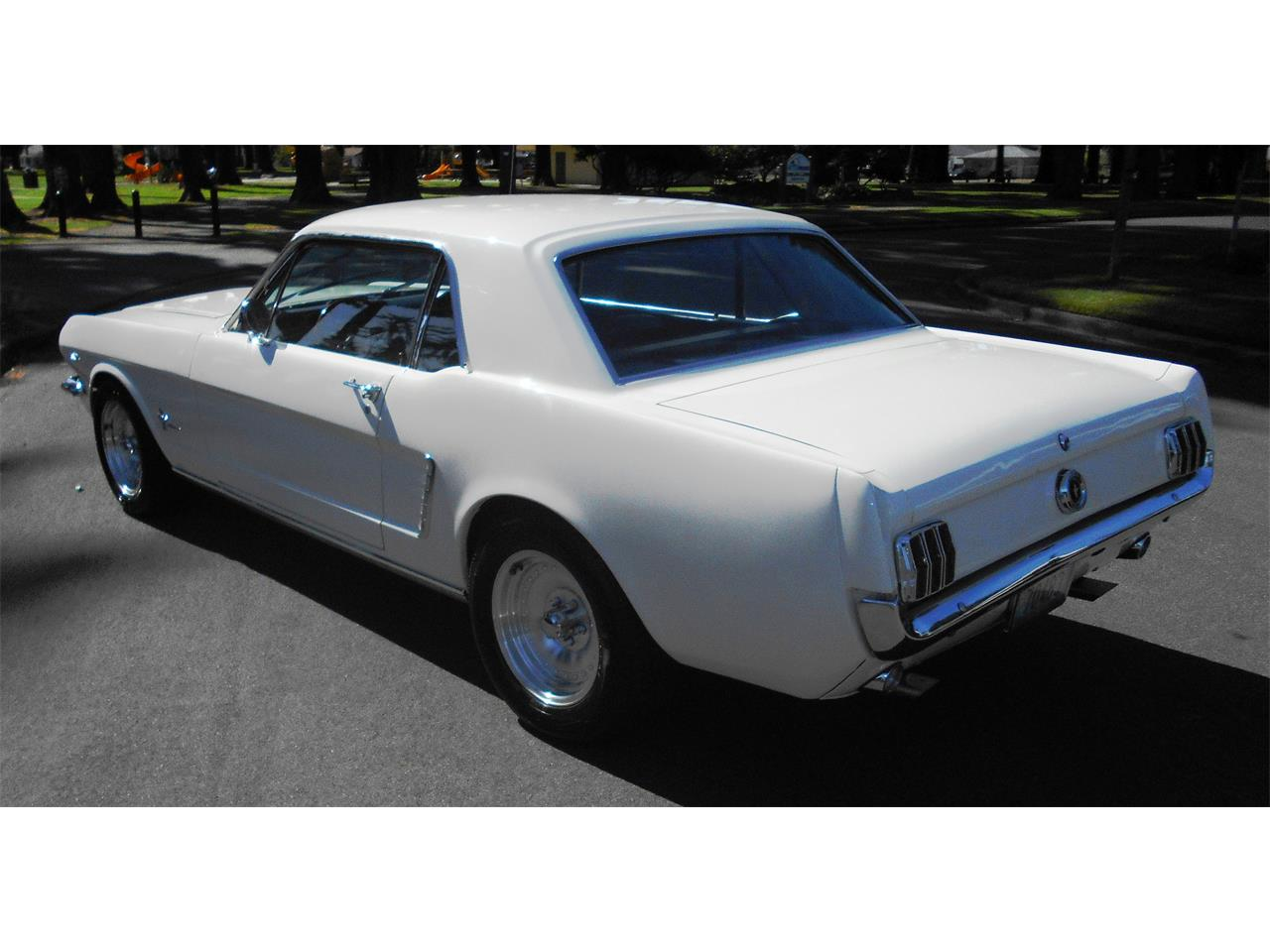 Large Picture of Classic 1965 Ford Mustang - JB63