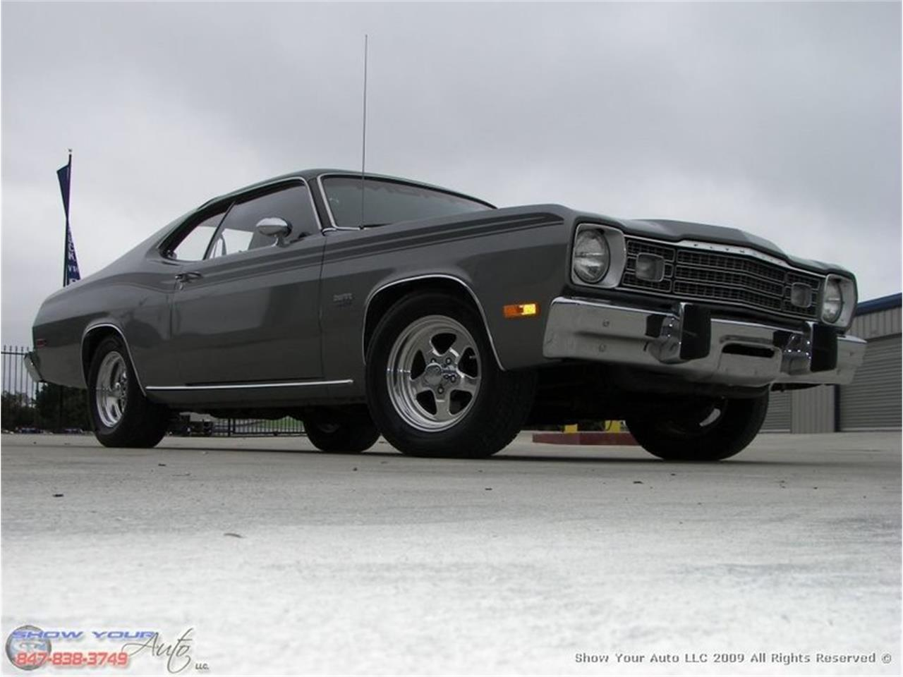 Large Picture of '74 Duster - JHU0