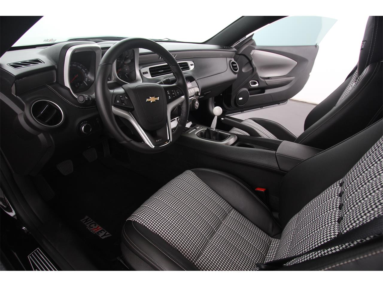 Large Picture of '12 Chevrolet Camaro - $52,500.00 Offered by Nickey - JHYN