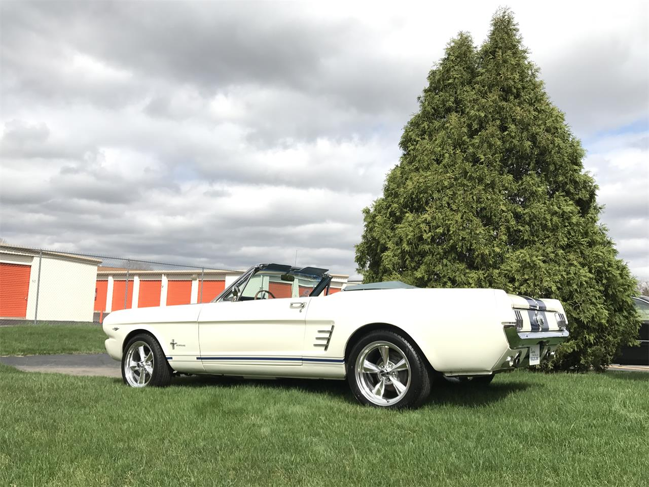 Large Picture of Classic 1966 Mustang located in Geneva  Illinois - JHZC