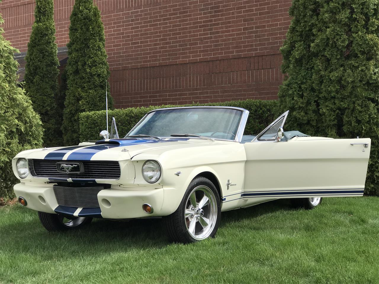 Large Picture of 1966 Ford Mustang - $32,995.00 Offered by Classic Auto Haus - JHZC