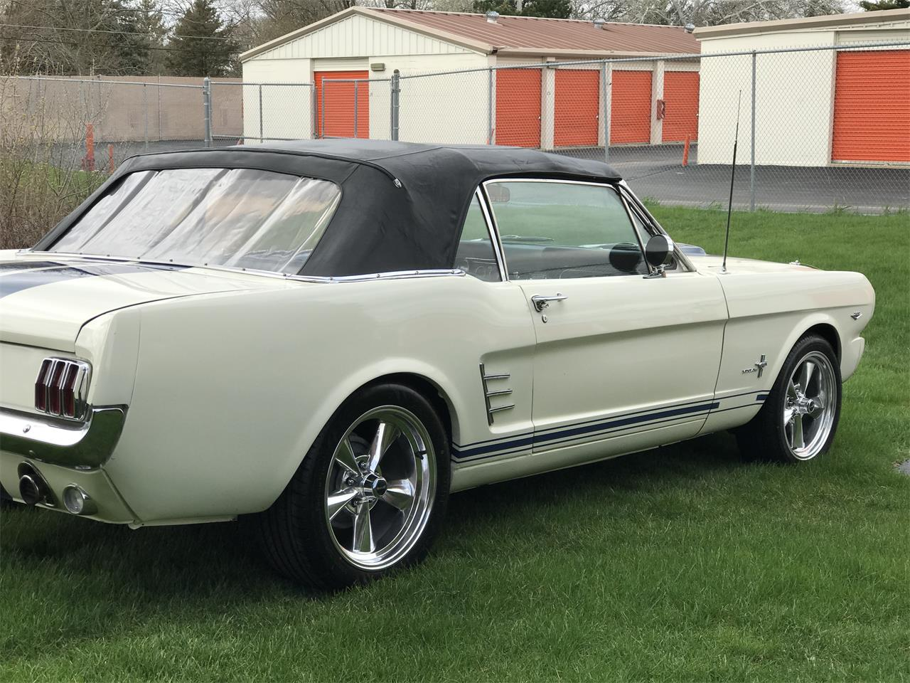 Large Picture of Classic '66 Mustang located in Illinois - JHZC