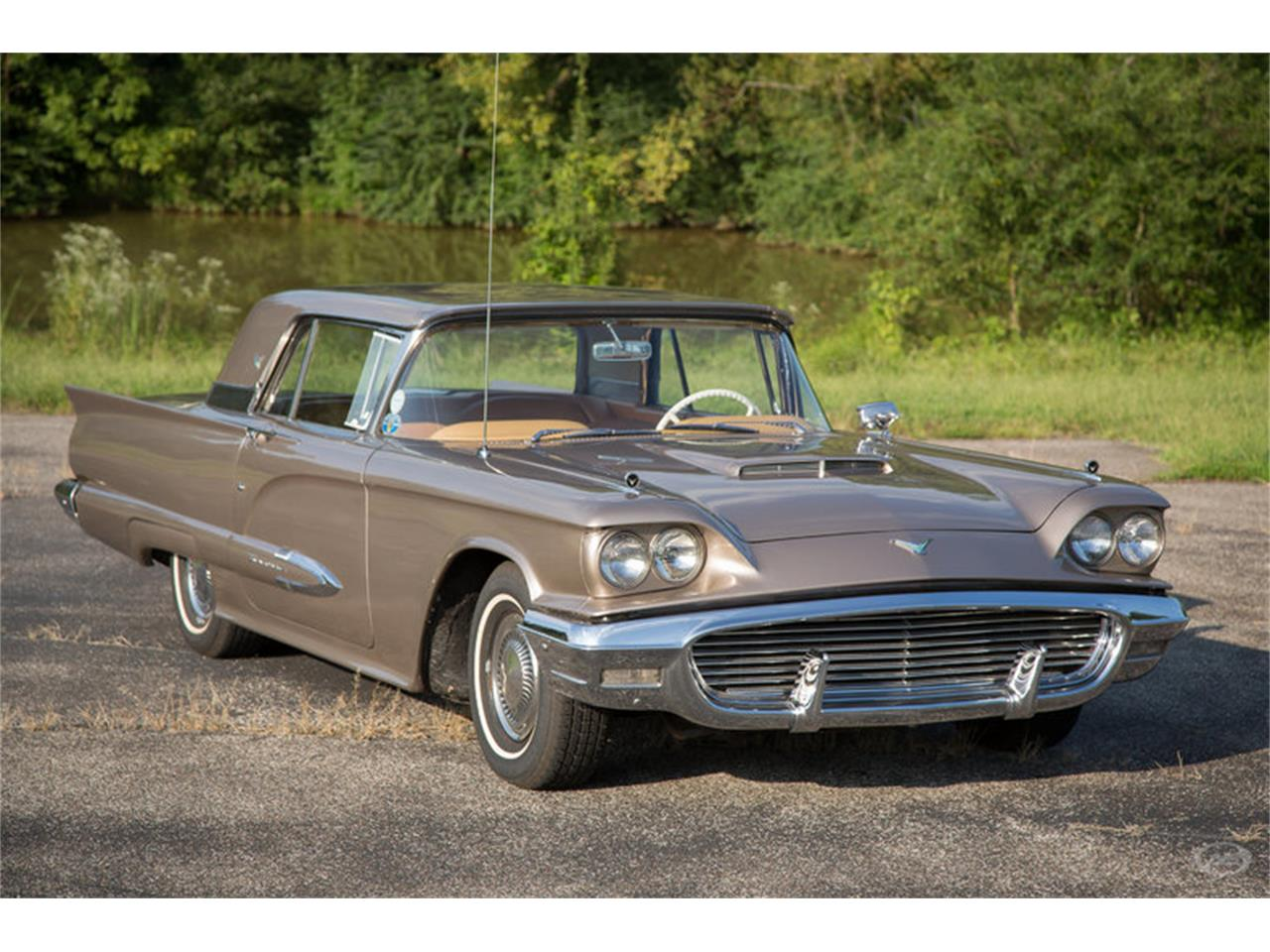 Large Picture of '59 Thunderbird - JI92