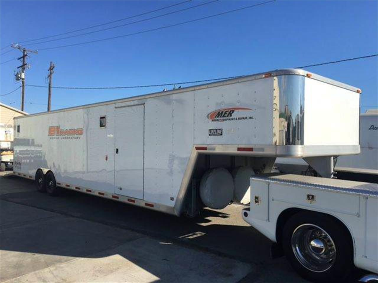 Large Picture of 2004 Gooseneck 5th Wheel Auction Vehicle Offered by Highline Motorsports - JJ2K