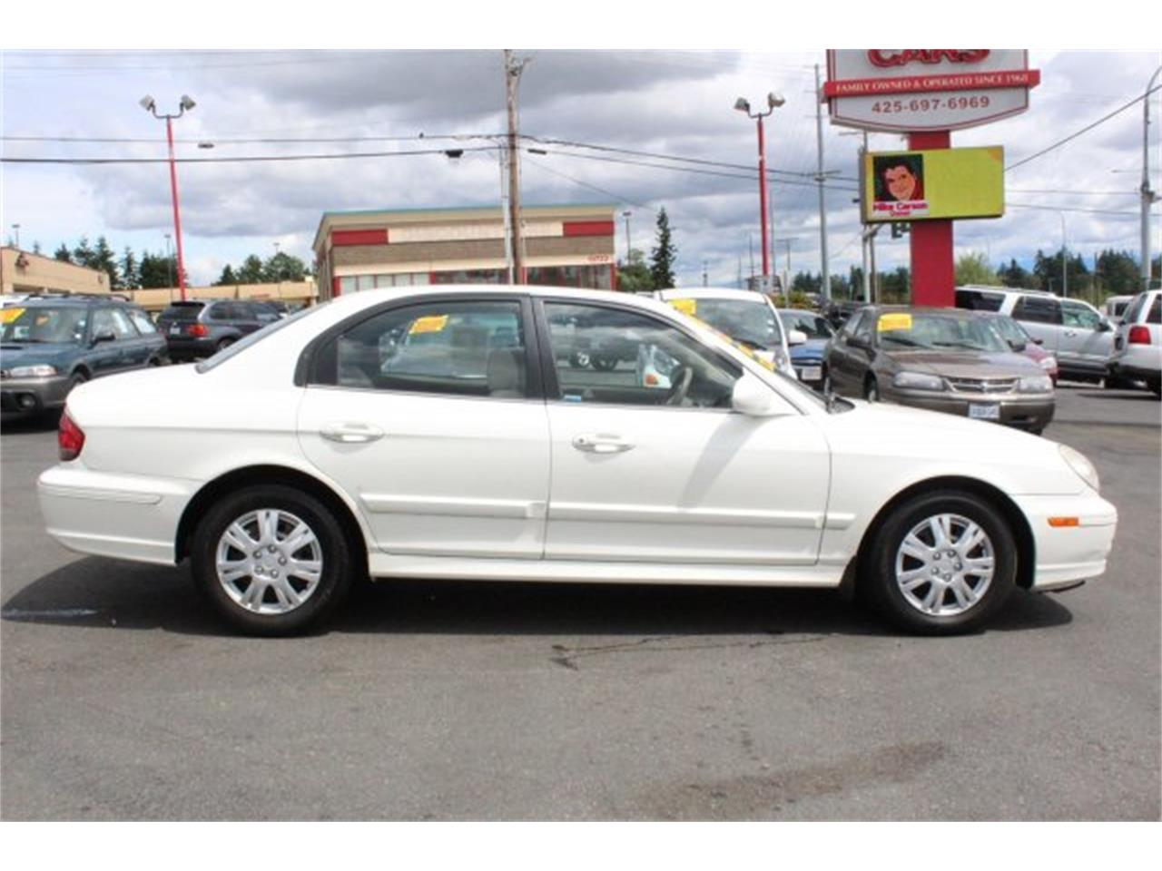 Large Picture of 2005 Hyundai Sonata located in Lynnwood Washington - JJGU