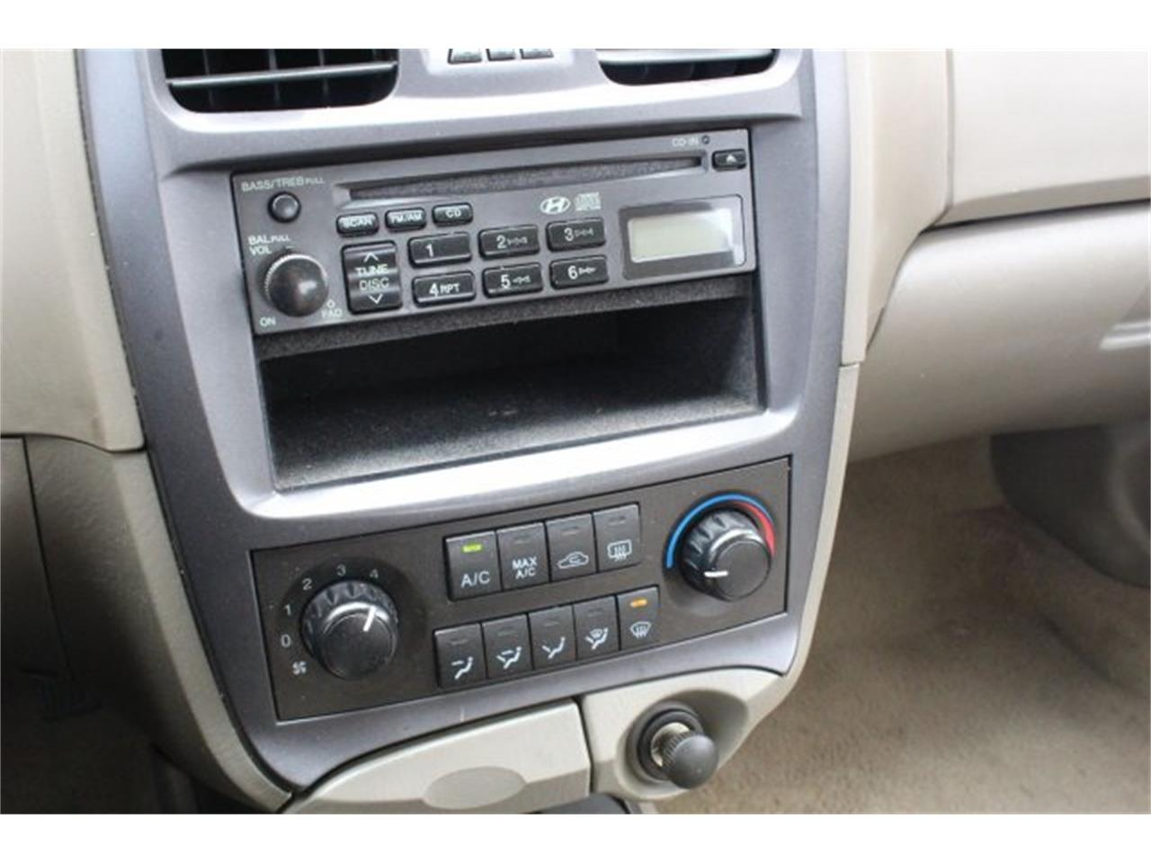 Large Picture of '05 Hyundai Sonata located in Washington - $4,995.00 Offered by Carson Cars - JJGU