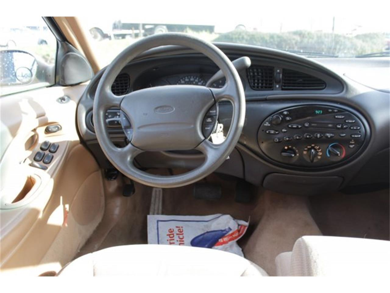 Large Picture of '96 Ford Taurus located in Washington - $2,995.00 - JJGX