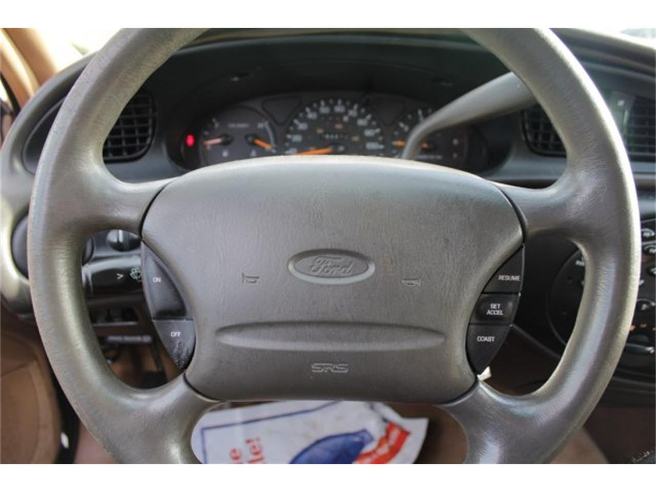 Large Picture of 1996 Ford Taurus - JJGX