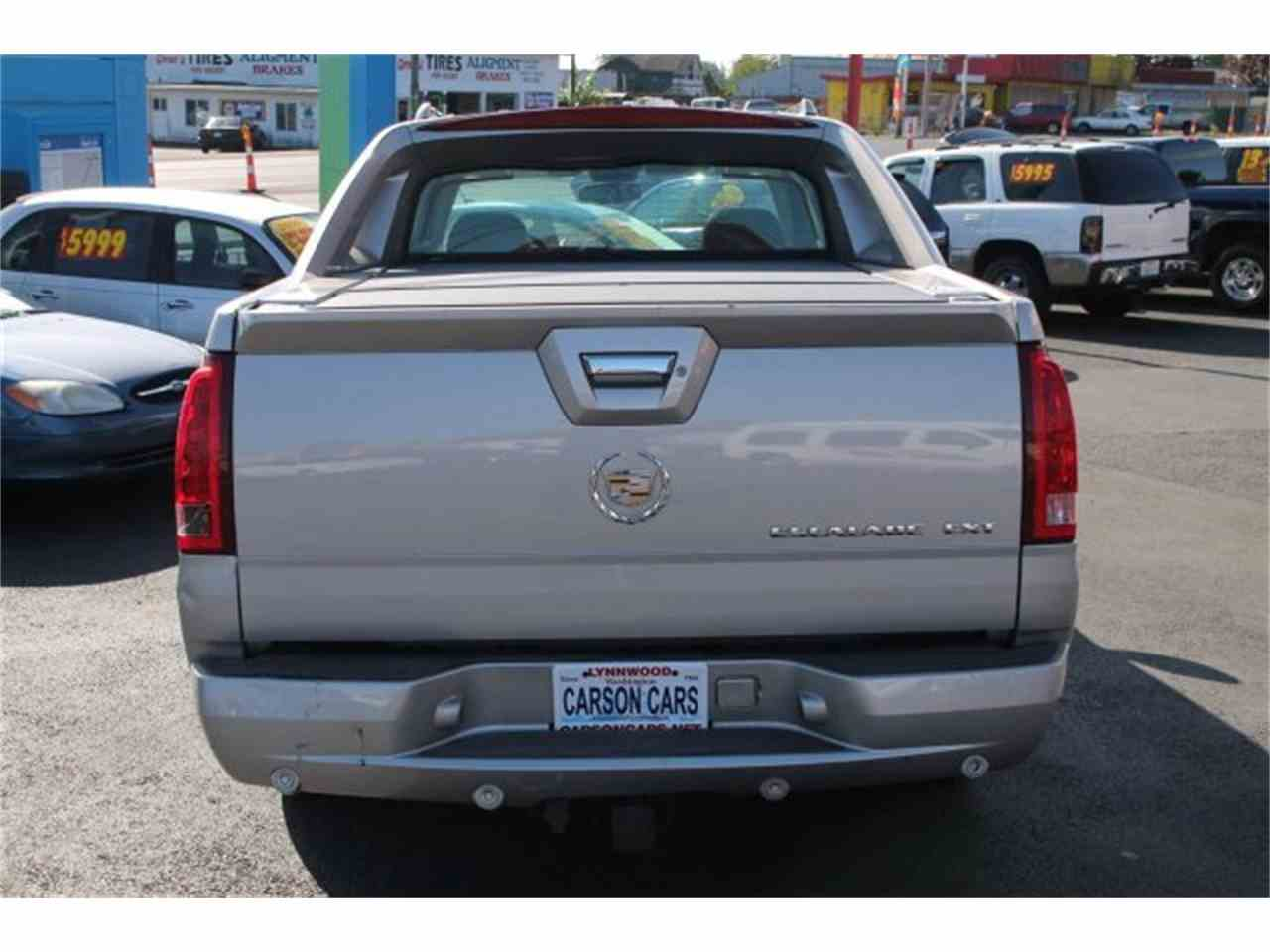 Large Picture of '04 Escalade - JJIX