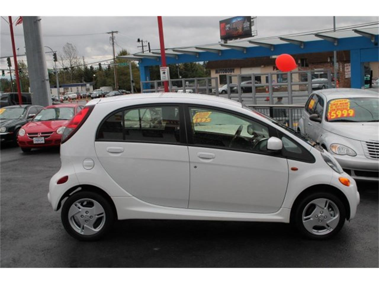 Large Picture of 2014 i-MiEV located in Washington - $9,995.00 Offered by Carson Cars - JJJG