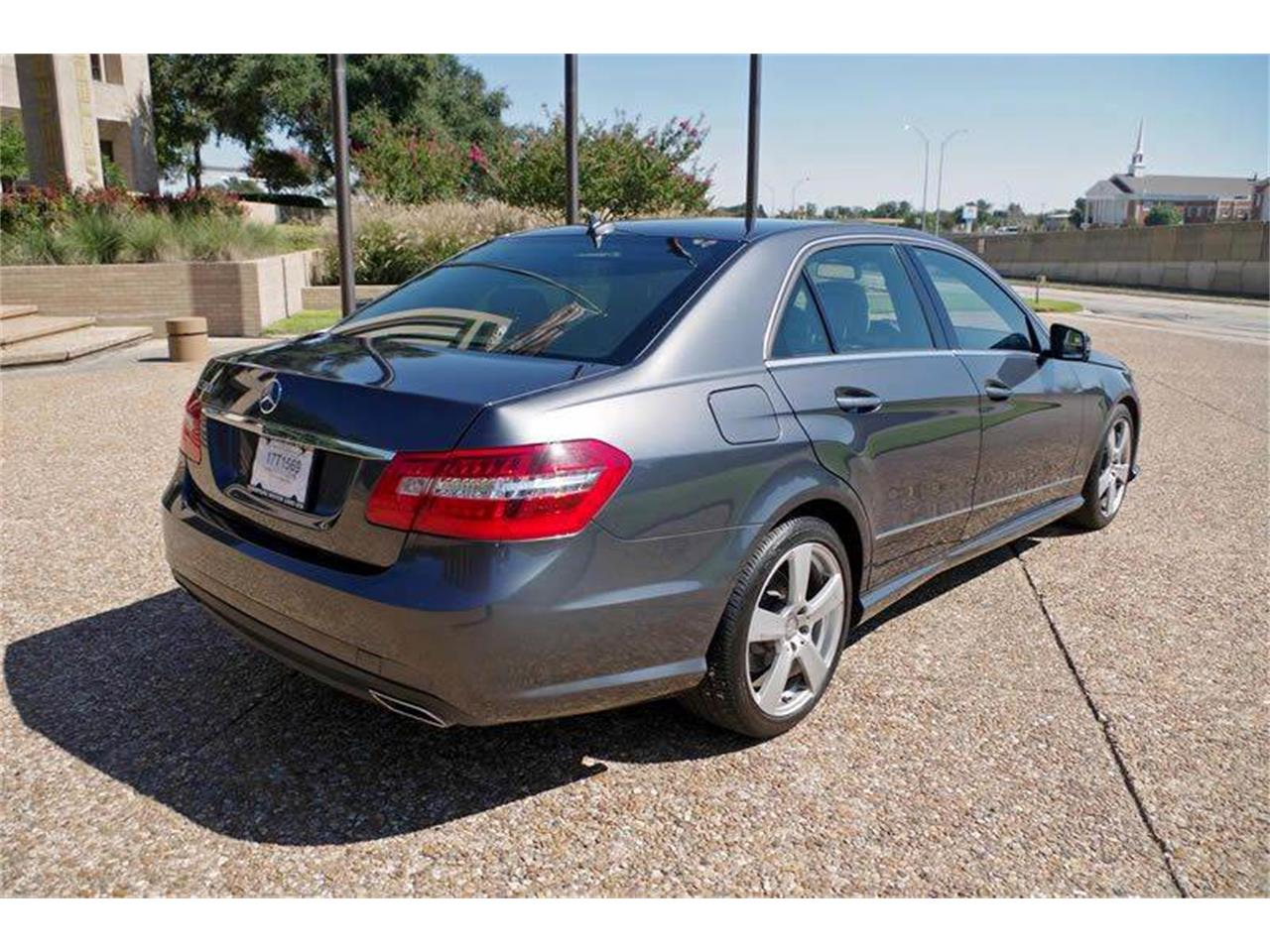 Large Picture of 2010 Mercedes-Benz E-Class located in Texas - $17,900.00 Offered by ABC Dealer TEST - JJM0