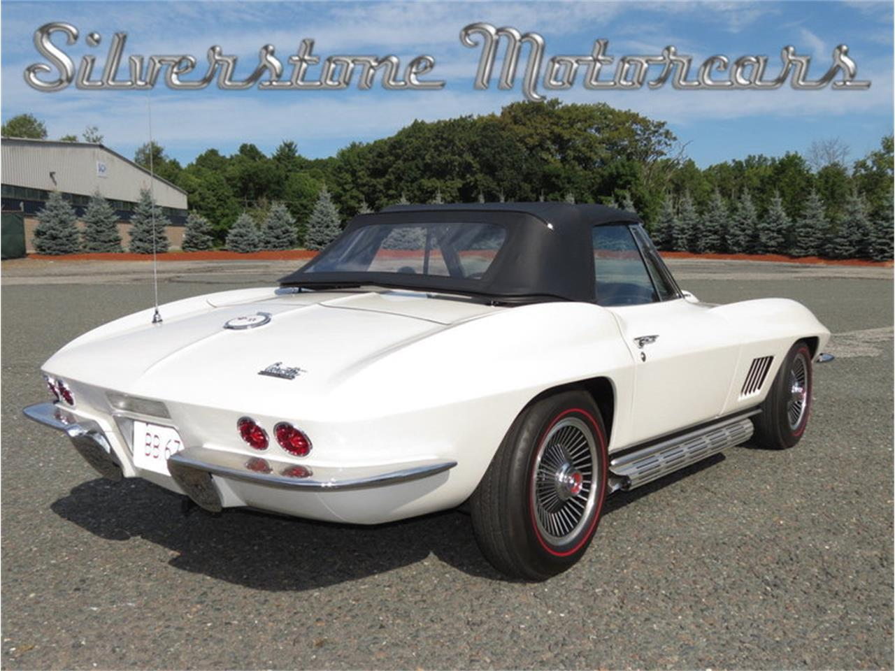 Large Picture of '67 Corvette - JJN1