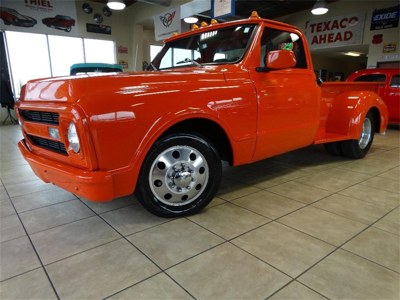 1970 chevy pickup orange