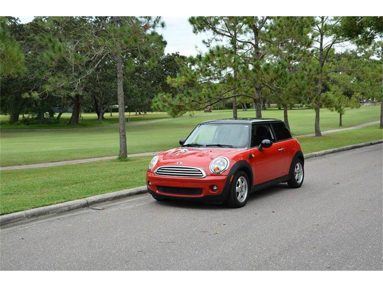 Large Picture of 2007 MINI Cooper located in Clearwater Florida - $9,500.00 Offered by PJ's Auto World - JJP2